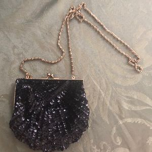 Stunning 20's beaded and sequined clutch